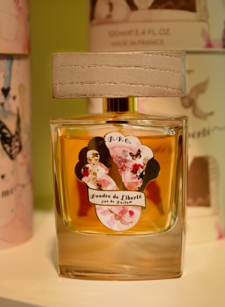 Poudre de liberté by Au Pays de la Fleur d'Oranger at Esxence 2016 | Photo by The Perfume Magpie